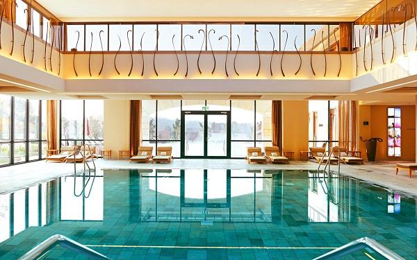 wald schlosshotel friedrichsruhe s das top 5 sterne s hotel in baden w rttemberg und. Black Bedroom Furniture Sets. Home Design Ideas