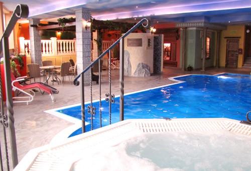hotel albblick in waldachtal ihr top 4 sterne wellnesshotel im schwarzwald f r urlaub und. Black Bedroom Furniture Sets. Home Design Ideas