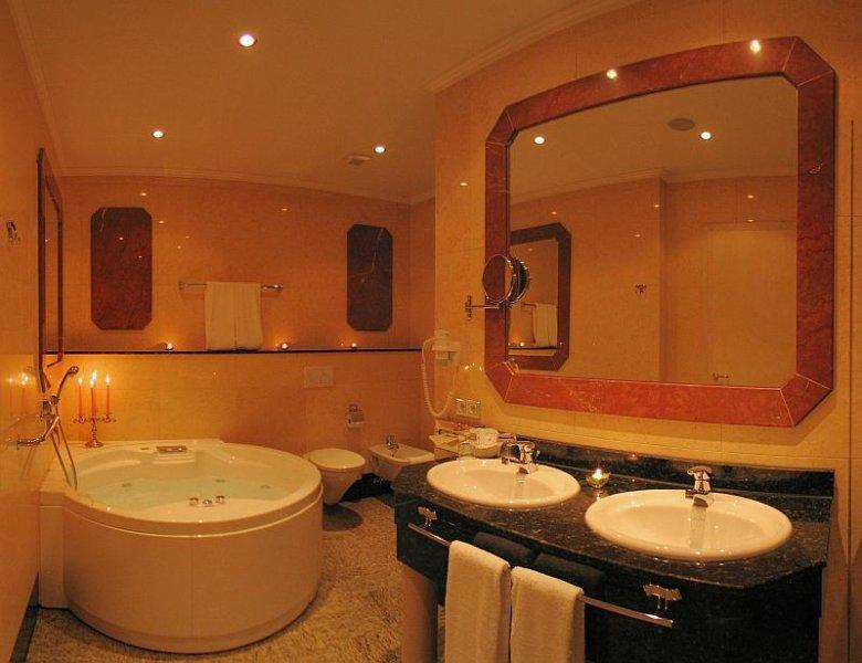Top 100 Hotel Häcker`s Grand Hotel ***** Bad Ems an der Lahn Badezimmer