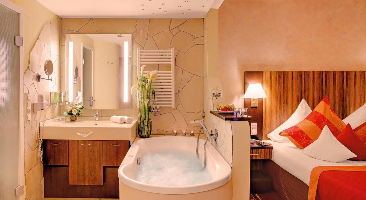 vital wellnesshotel zum kurf rsten s in bernkastel. Black Bedroom Furniture Sets. Home Design Ideas